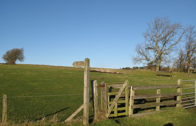 Footpath (and kissing gate) to Old Town