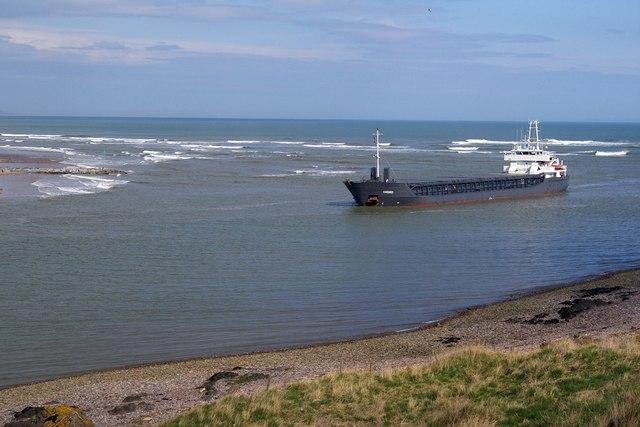 Ship entering Montrose Harbour