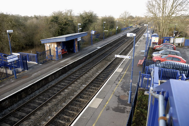 King's Sutton station