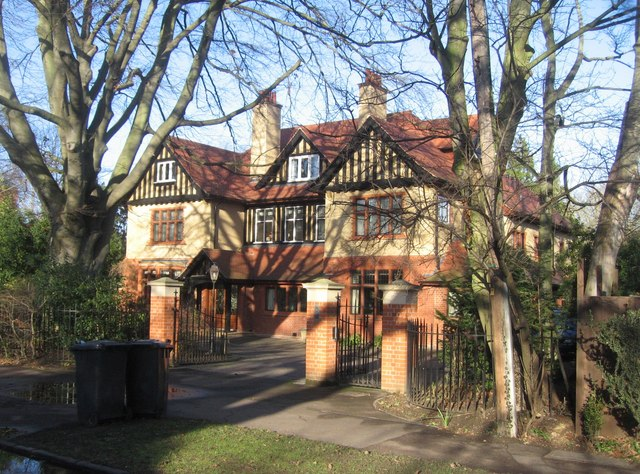 Chaucer Road house