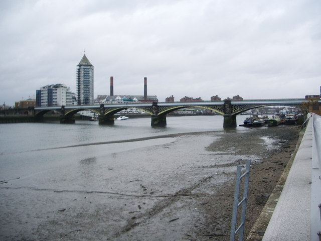 Cremorne Bridge, Battersea Reach, River Thames