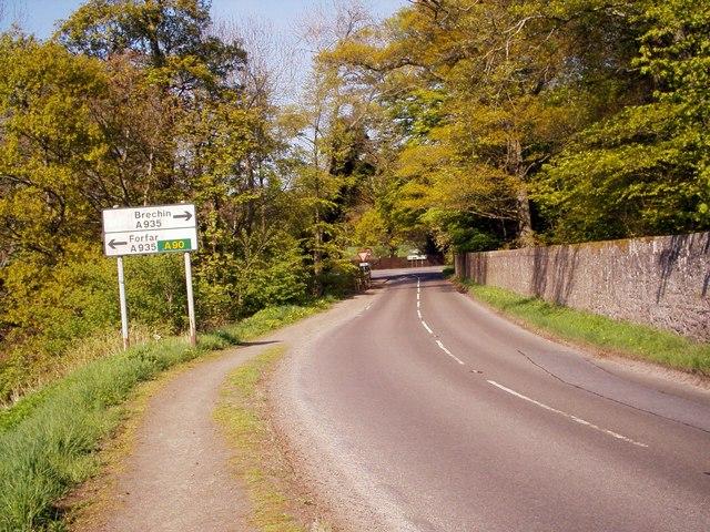 Aberlemno / Brechin / Forfar Road Junction