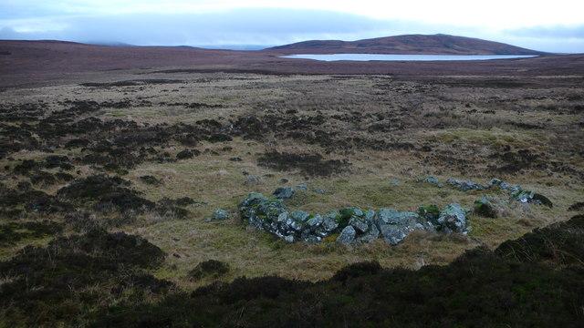 Hut Circle looking NE to Creag an t-Socaich