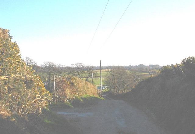 The track above the Gellidara  Farm