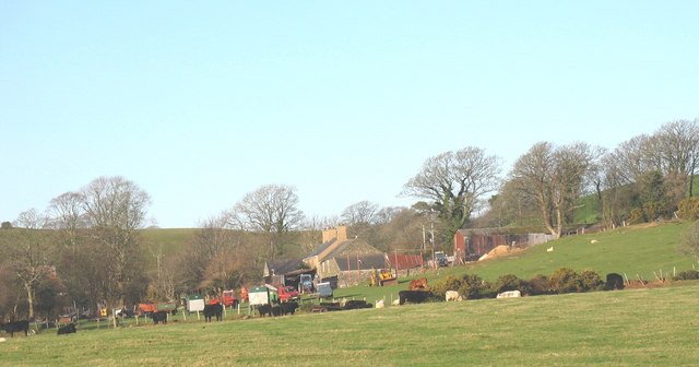 Rhyllech Uchaf Farm from the Gellidara road