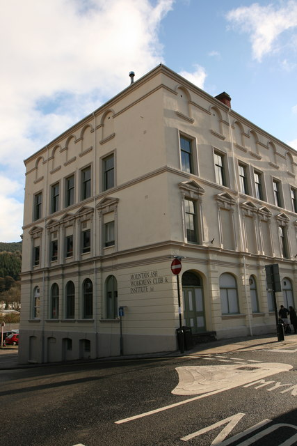 Mountain Ash Workingmens Hall and Institute