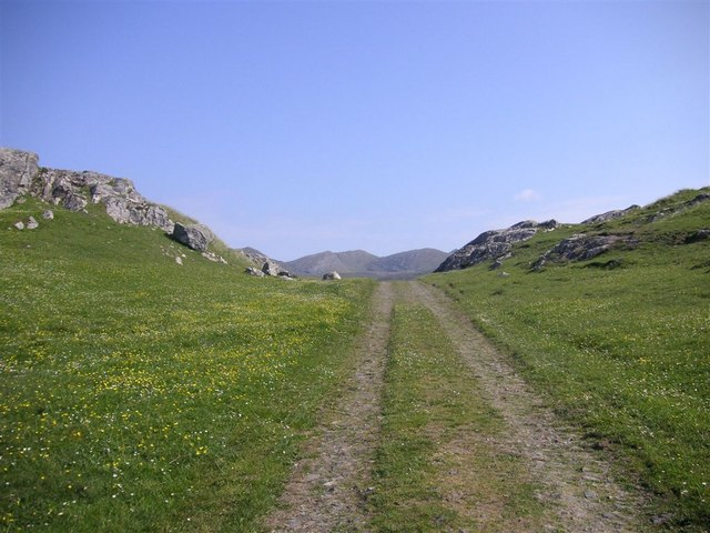 Track over Àird Ghrèin, Barra