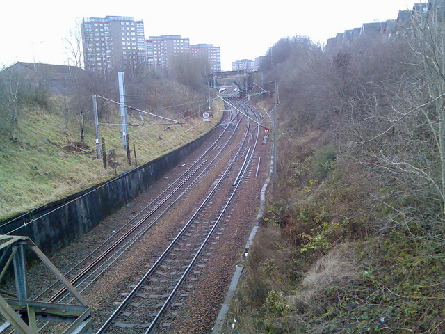 Railway lines leading to Dalmuir Station
