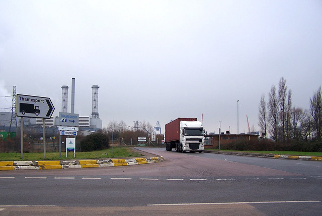 Road entrance to Thamesport