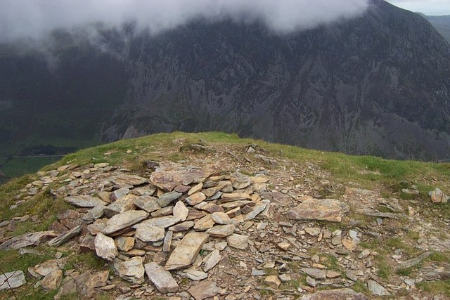 Foel Goch Summit Cairn