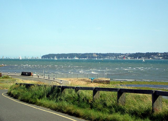 Lepe Beach to Cowes
