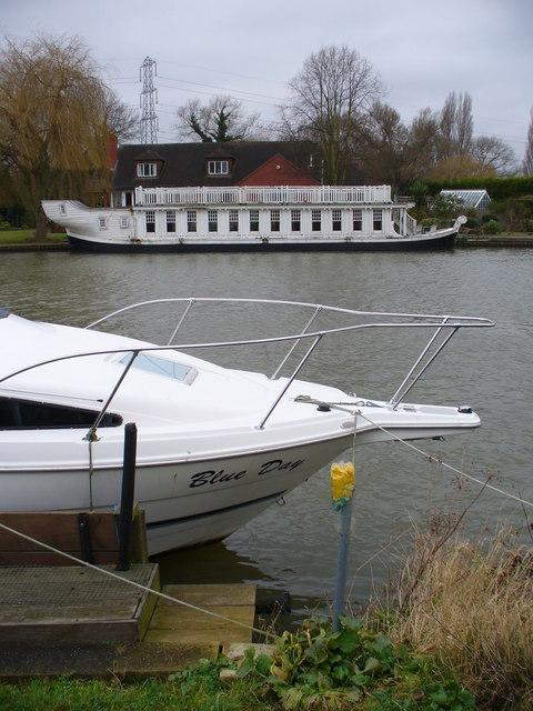 Boats by Dockett Point