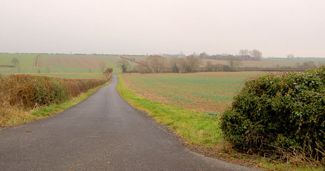 Private road to Hall Farm