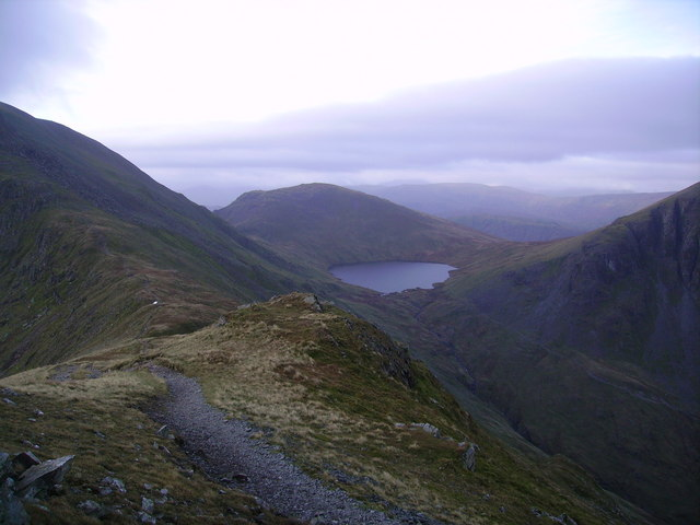 Approaching Deepdale Hause