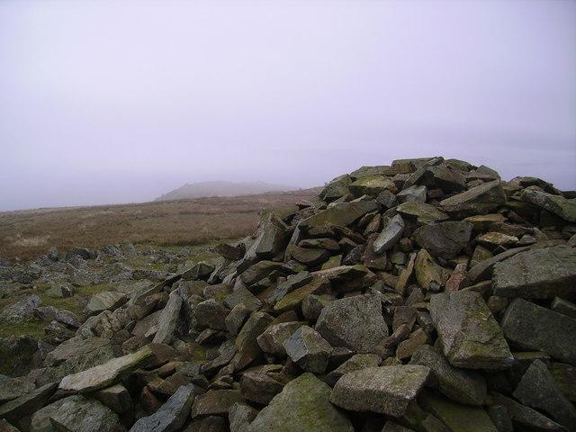 Summit Cairn, Seat Sandal