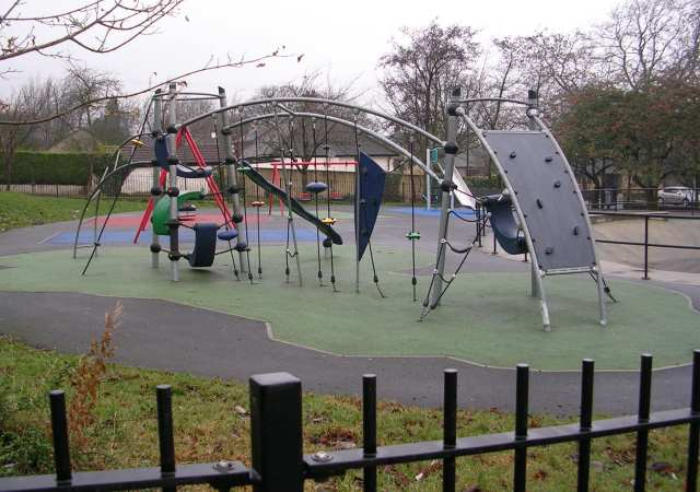 Gildersome Play Area - Town Street