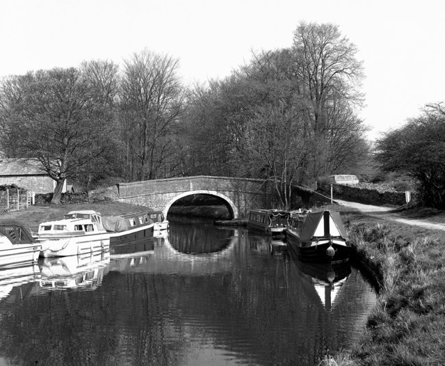 Williamson's Bridge 162, Leeds and Liverpool Canal