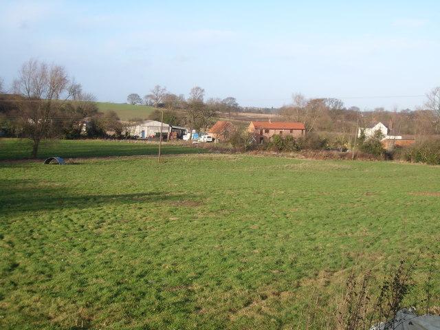 Footpath to Old Hall Farm
