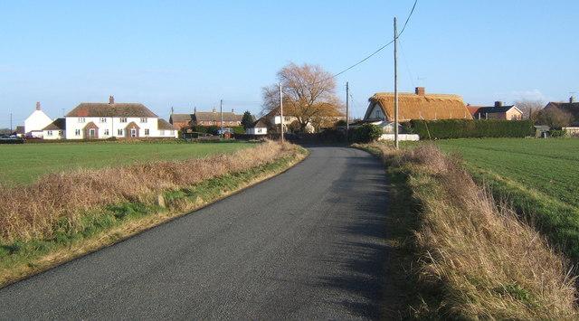 Lane south of Rattlesden