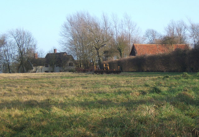 Field and buildings near Hightown Green