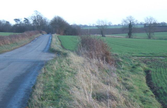 Lane from Hightown Green heading east