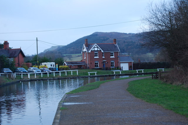 The aqueduct banksman's house