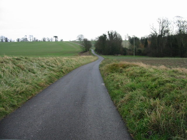 Private road to Waldershare House