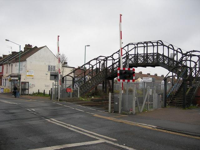 Footbridge by Gillingham Level Crossing