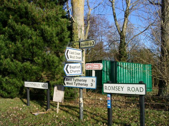 Generously labelled T junction in Lockerley