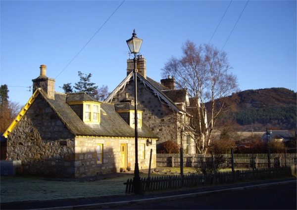 Cottages in Braemar