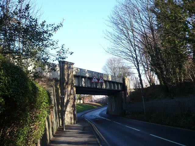 Railway bridge over Ospringe Road