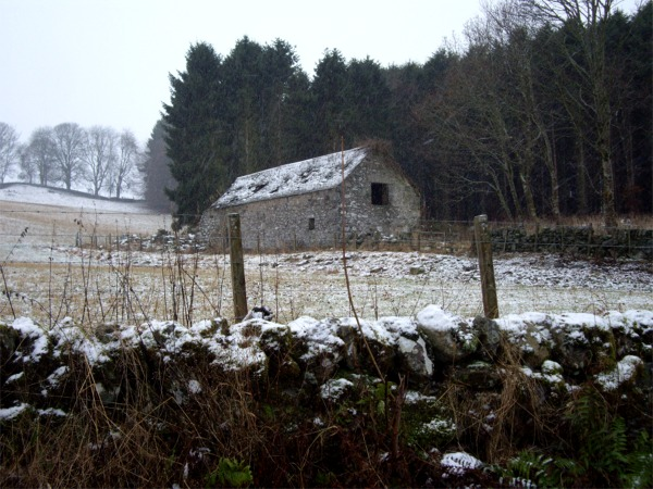 Old barn near Clunie