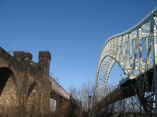 Between the Bridges, Runcorn