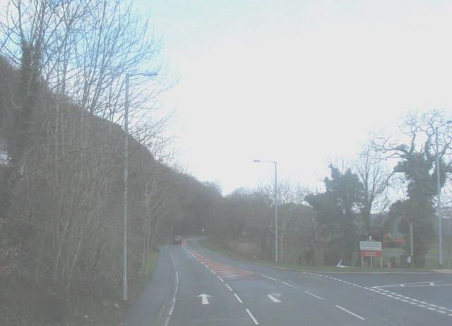 The A497 at a turnoff into the Penamser Industrial Estate