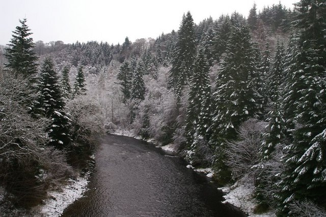 River Ericht in winter