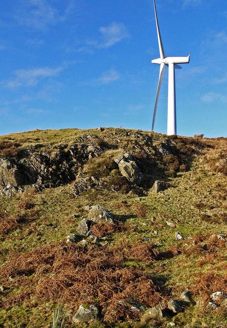 Artfield Fell - modern turbine, old hut circle