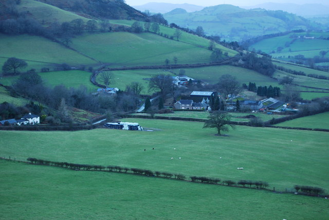 Large farm right on the Wales / England border