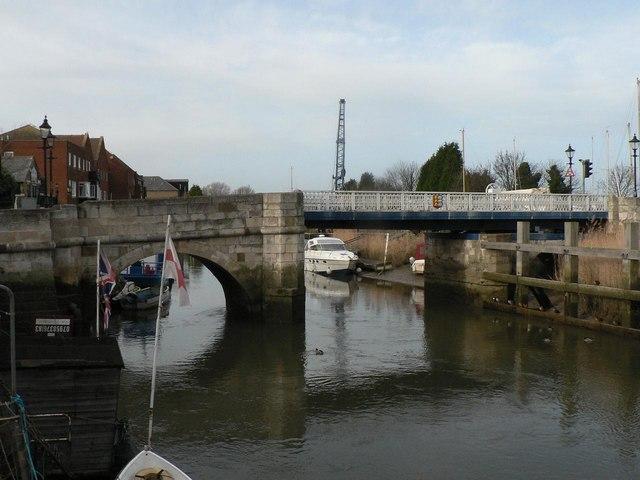 Sandwich: town bridge