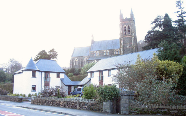 Cysgod y Gest Apartments and St John's Anglican church