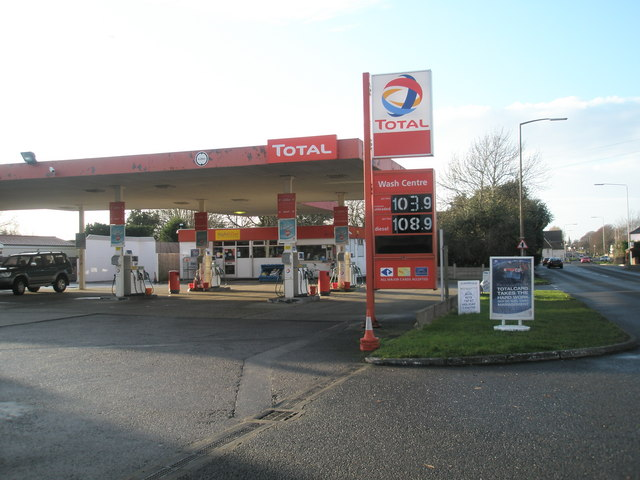 Total Garage on the A259
