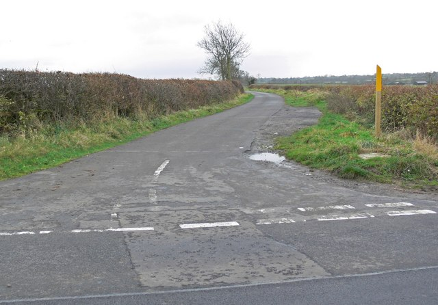 Road junction east of Willoughby Waterleys
