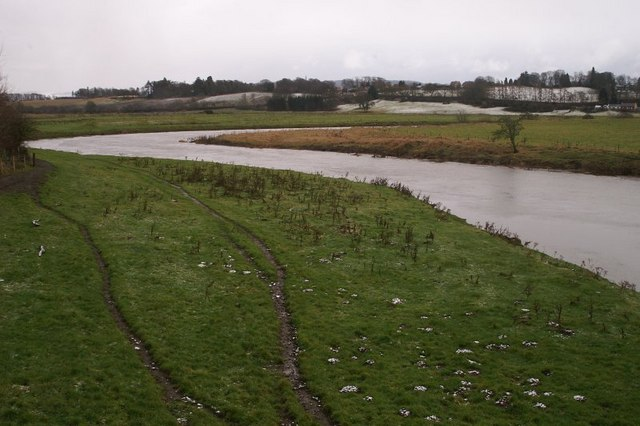 The River Isla north of Coupar Angus