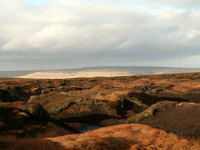Bleaklow Meadows looking more like autumn than winter