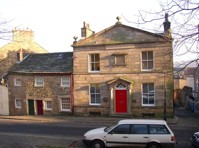 The former dispensary and adjoining cottages, Castle Hill, Lancaster