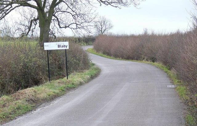 Peatling Road towards Countesthorpe