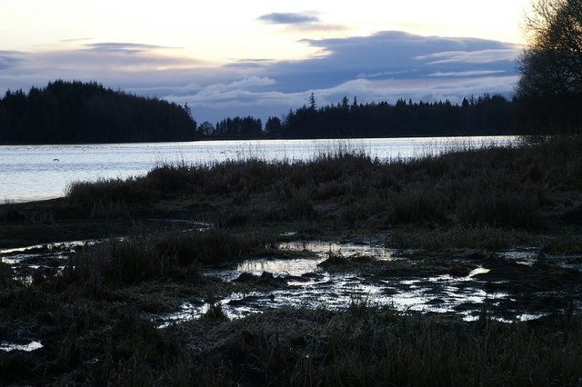 Loch of Lintrathen at dusk