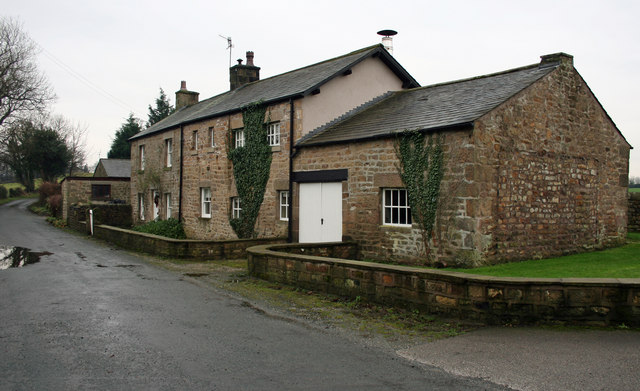 Canal Side Cottages