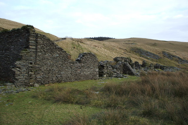 Ruined miners-cottages near Llyn Nantycagl