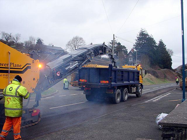 Repairing the A44 (1)