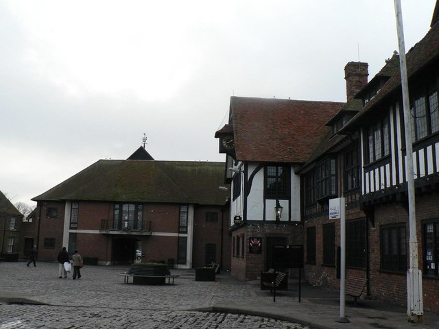 Sandwich: Guildhall and Guildhall extension